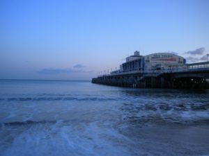 bournemouth-pier-249689_1920