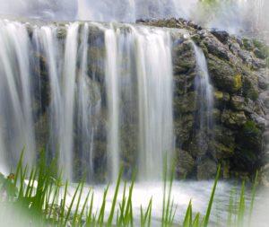 waterfall-2166674_1920